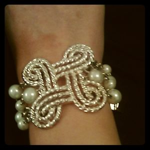 Silver Knotted & Pearl Bracelet